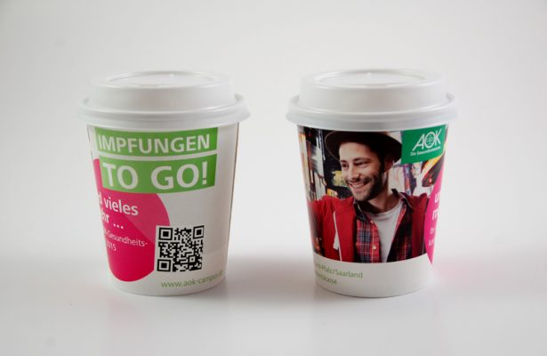 AOK Coffee To-Go Becher To-Go Kampagnen Beispiele AD2GO